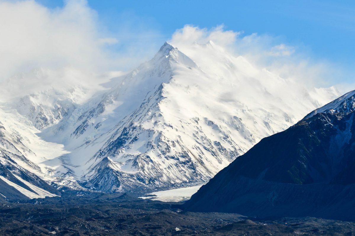 Der 3199m hohe Malte Brun thront im Tasman Glacier Valley zwischen dem Tasmanischen Gletscher und dem Murchison Gletscher, Neuseeland - © FRASHO / franks-travelbox