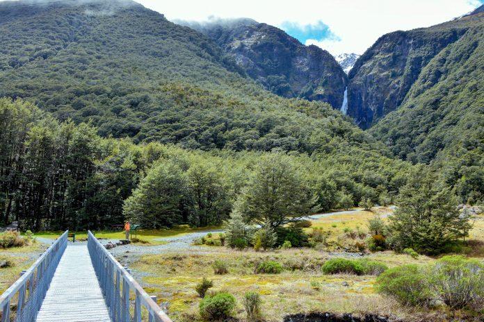 Der Arthur's Pass Nationalpark auf der Südinsel von Neuseeland bietet zahlreiche Wanderwege in verschiedenen Schwierigkeitsstufen - © FRASHO / franks-travelbox