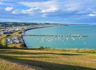 Mit ihrer hübschen Altstadt und zwei Pinguinkolonien vor der Haustüre hat sich Oamaru im Süden von Neuseeland zu einem Touristenzentrum entwickelt - © FRASHO / franks-travelbox