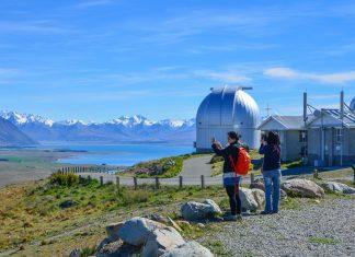 Das Mount John Observatory auf Neuseelands Südinsel zählt zu den besten Sternwarten der Welt und bietet einen herrlichen Blick auf den Lake Tekapo - © FRASHO / franks-travelbox
