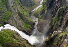Blick auf den imposanten Wasserfall Vøringfossen in seiner ganzen Pracht, Norwegen  - © alexm156 - Fotolia