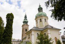 Als ältestes Kloster im deutschsprachigen Raum ist die Erzabtei St. Peter in der Innenstadt von Salzburg, Österreich, architektonisch und geschichtlich interessant - © James Camel / franks-travelbox