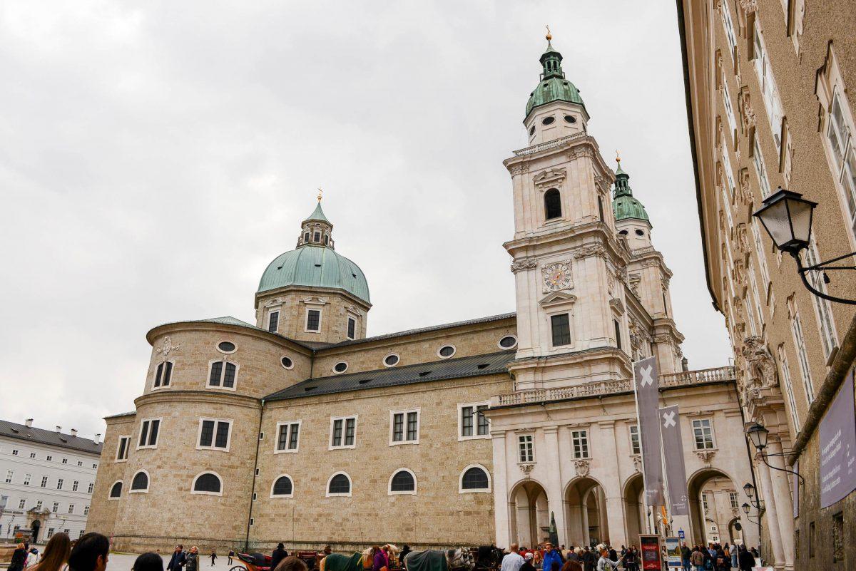 Bereits im 12. Jahrhundert war der Salzburger Dom die größte und prächtigste Kathedrale nördlich der Alpen, Österreich - © James Camel / franks-travelbox.com