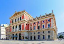 Am 6. Jänner 1870 wurde das erste Konzert im Musikvereinssaal in Wien veranstaltet, dessen hervorragende Akustik bald in der ganzen Welt bekannt war, Österreich - © FRASHO / franks-travelbox