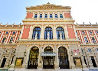"""Das Haus des Musikvereins in Wien beherbergt mit dem berühmten """"Goldenen Musikvereinssaal"""" einen der akustisch besten Säle der Welt, Österreich - © FRASHO / franks-travelbox"""