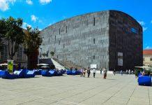 Das MUMOK (Museum Moderner Kunst) widmet sich der Kunst des 20. und 21. Jahrhunderts, Wien, Österreich - © FRASHO / franks-travelbox