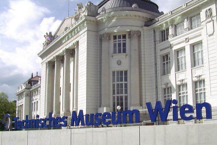 Das Technische Museum in Wien wurde aus dem damals aufstrebenden Material Stahlbeton errichtet und am 6. Mai 1918 eröffnet, Österreich - © Technisches Museum Wien