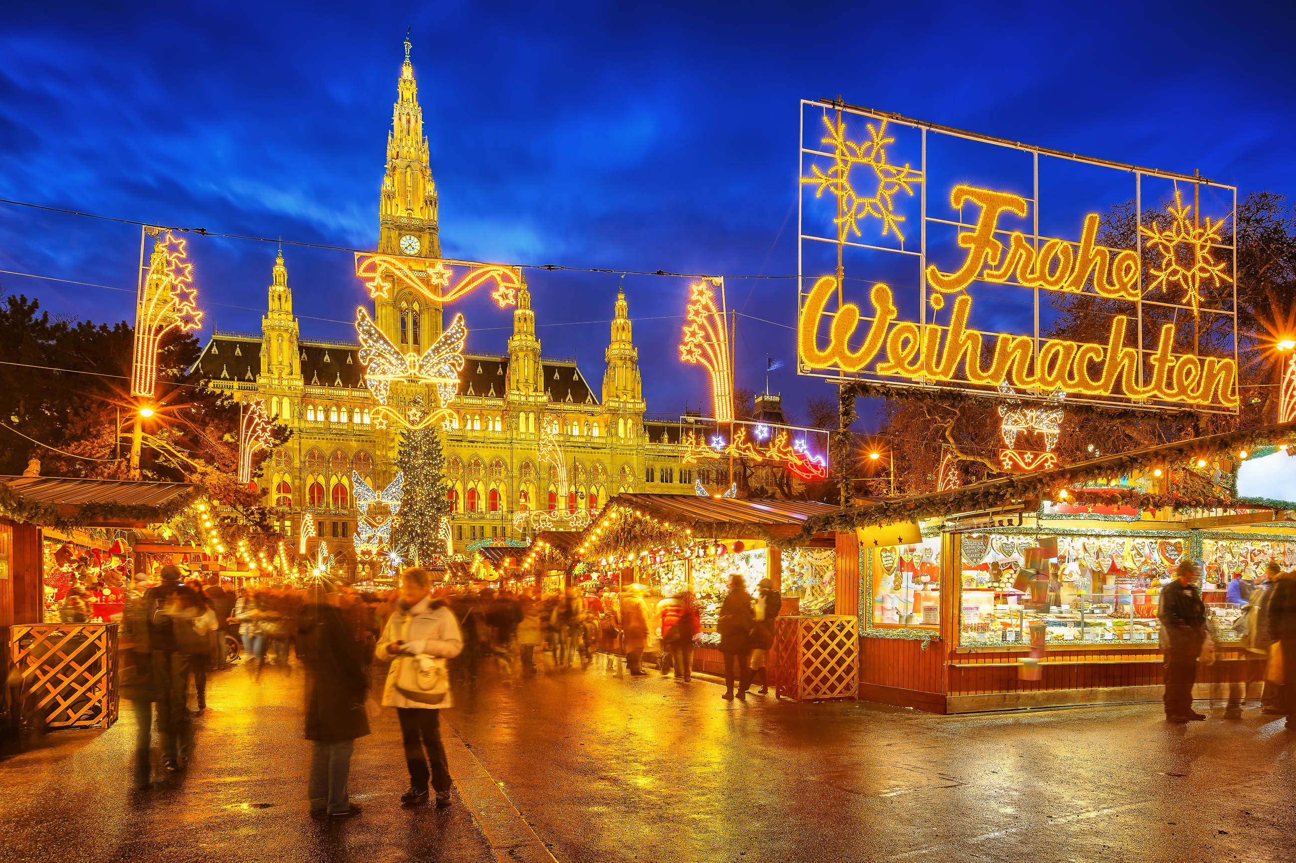 https://franks-travelbox.com/wp-content/uploads/2017/11/occ88sterreich-wien-der-christkindlmarkt-vor-dem-imposanten-wiener-rathaus-ucc88bt-eine-magische-anziehungskraft-auf-einheimische-und-touristen-aus-occ88sterreich-s-borisov-shutterstoc-2.jpg