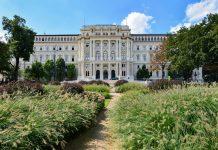 Der Justizpalast ist aufgrund seiner prunkvollen Architektur und seines herrlichen Ausblicks auf Wien einen Besuch wert, Österreich - © FRASHO / franks-travelbox