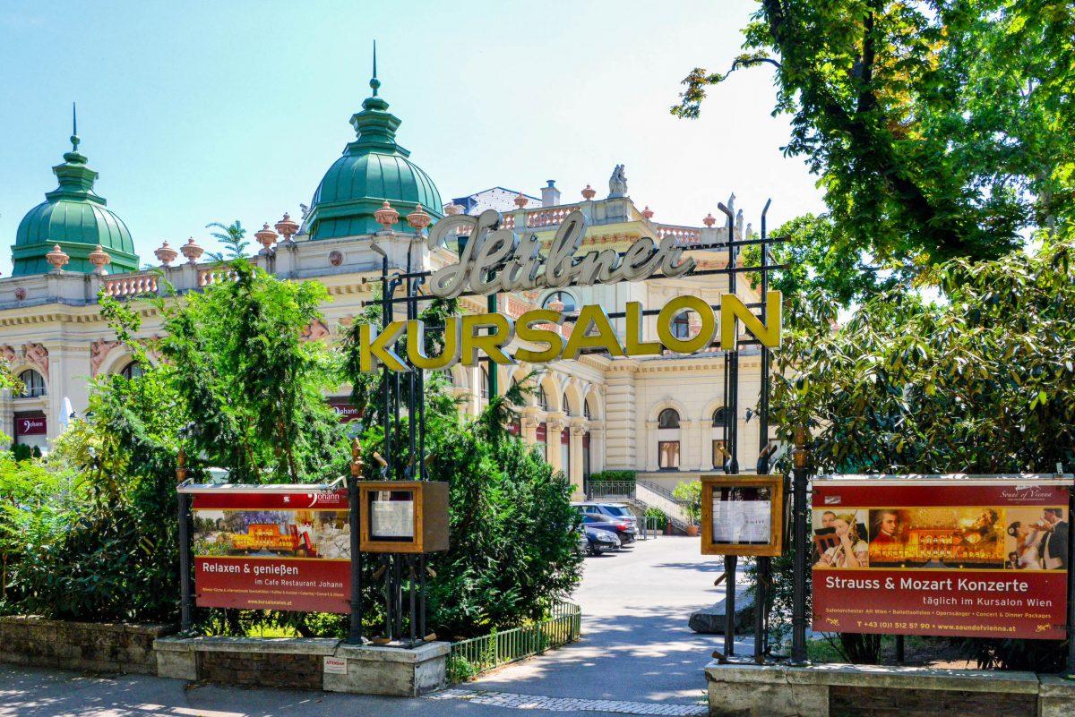 Der Kursalon Hübner im Wiener Stadtpark war schon zu seiner Entstehung Schauplatz für musikalische Darbietungen und Tanzveranstaltungen, Österreich - © FRASHO / franks-travelbox