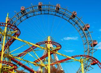 Der Prater in Wien ist der größte Erlebnispark Österreichs und begeistert mit über 250 nostalgischen und modernen Attraktionen Besucher jeder Altersklasse - © Lipskiy / Shutterstock