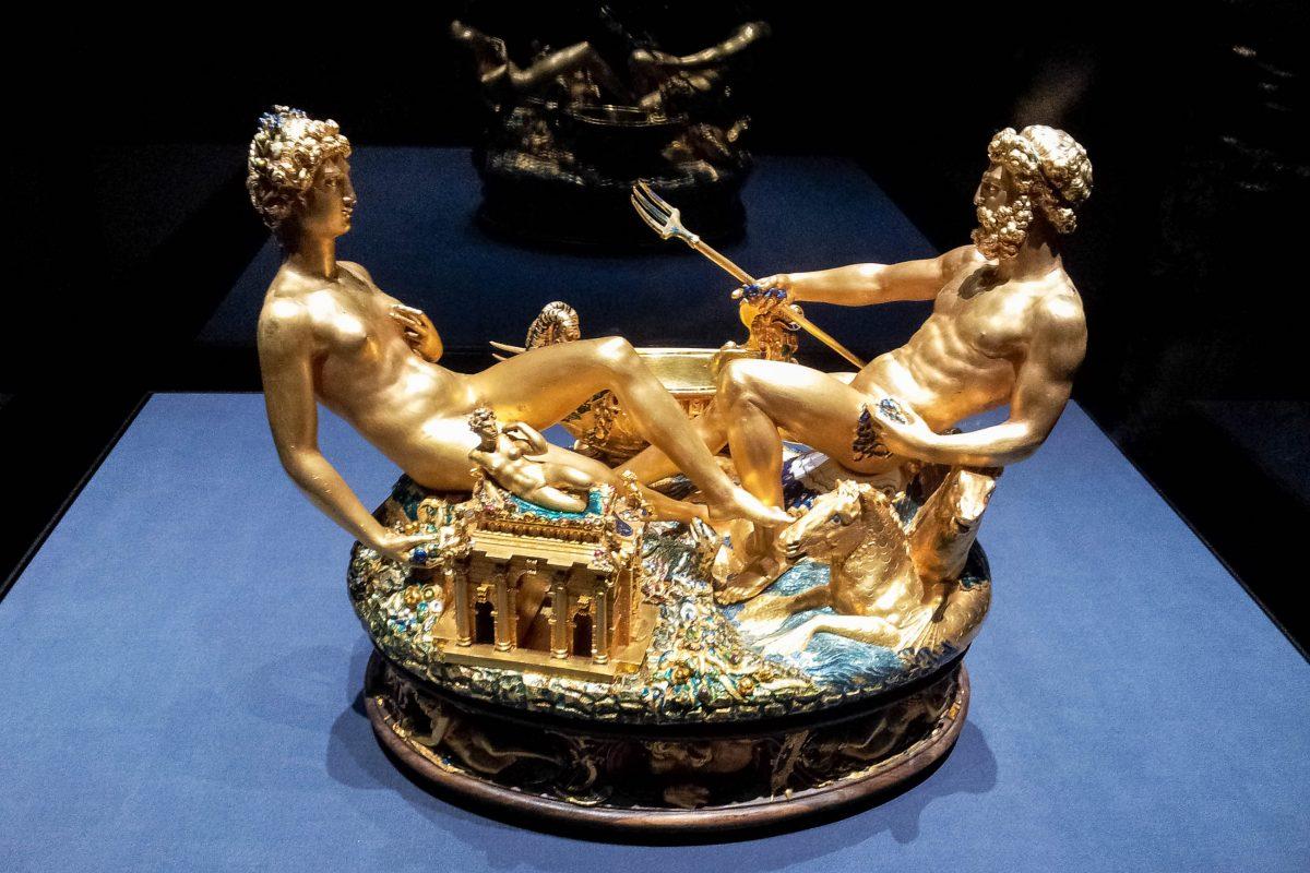 Die Saliera, nach ihrem Raub im Jahr 2003 wohl eines der berühmtesten Ausstellungsstücke im Kunsthistorischen Museum in Wien, Österreich - © Lila Pharao / franks-travelbox