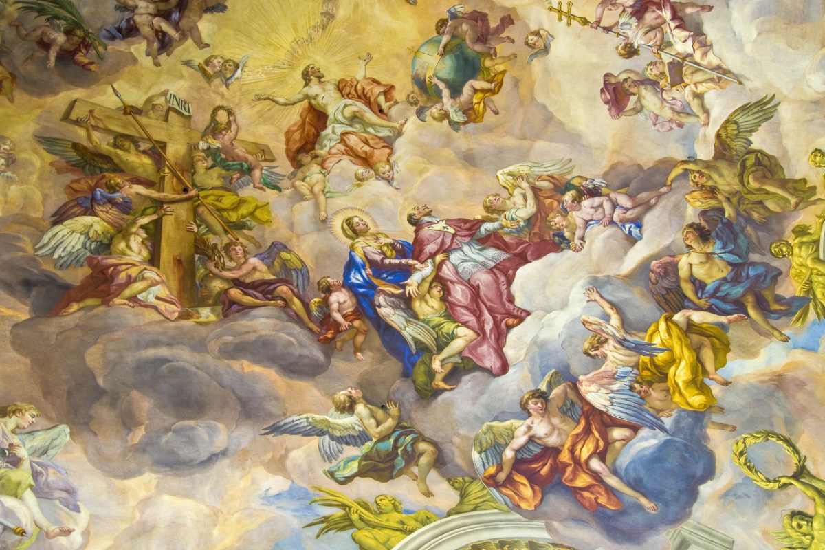 Die traumhaften Fresken in der Karlskirche in Wien können über einen Panoramalift in 32 Metern Höhe genau betrachtet werden, Österreich - © Jule_Berlin / Shutterstock
