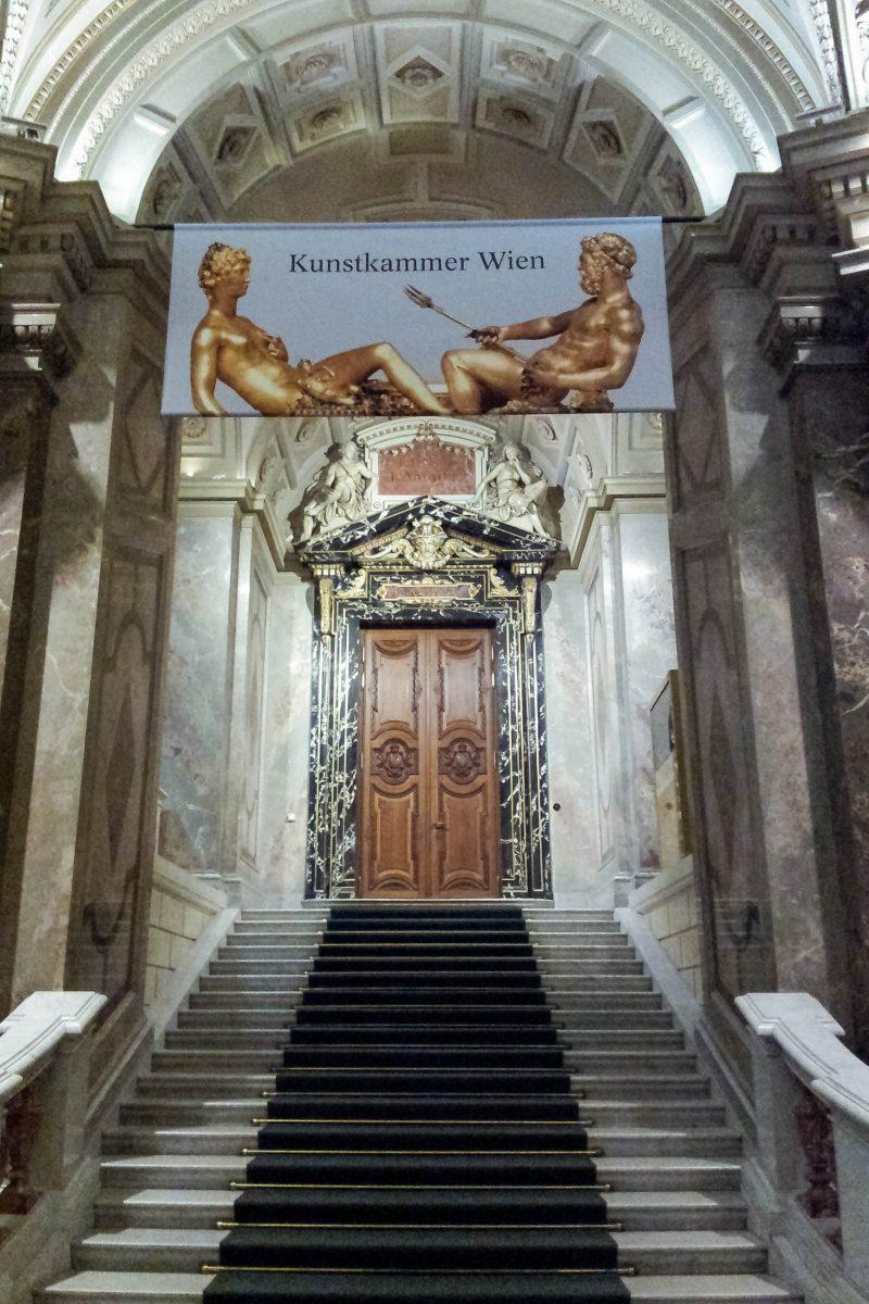 Prachtvoll gestalteter Eingang zur Kunstkammer Wien im Kunsthistorischen Museum, Österreich - © Lila Pharao / franks-travelbox