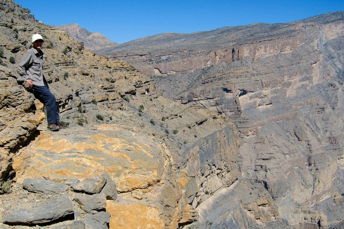 Am Ende des Wadi Nakhar liegt der Ausgangspunkt zu einer abenteuerlichen Wanderung in den Grand Canyon des Oman - © FRASHO / franks-travelbox