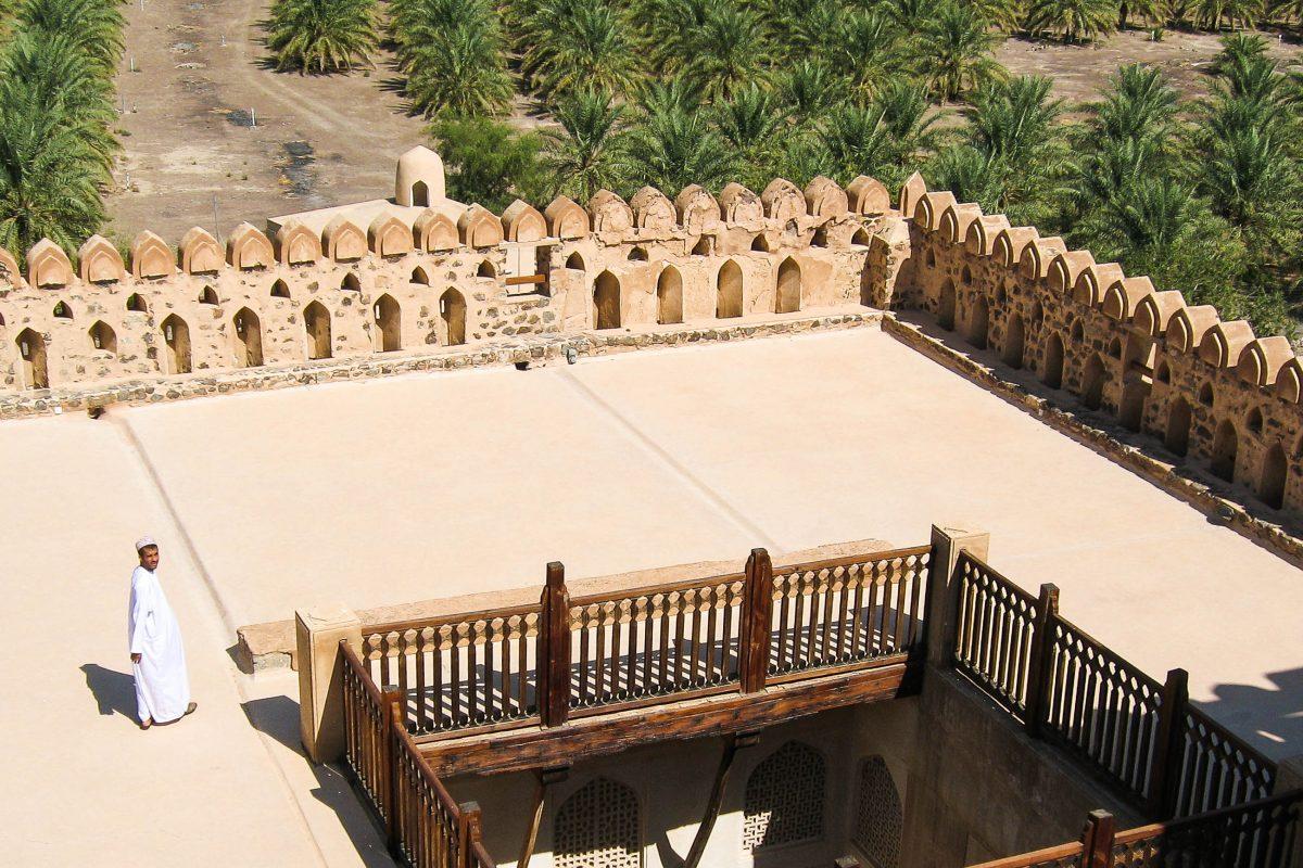 Die Dachterasse im Schloss Jabrin, Oman - © FRASHO / franks-travelbox