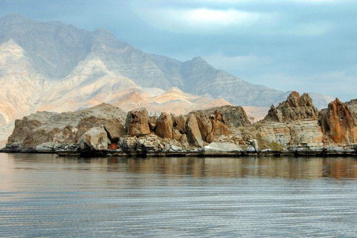 Die Halbinsel Musandam mit ihren atemberaubenden, fjordähnlichen Buchten wird auch