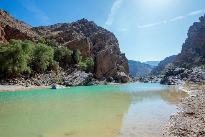 Faszinierende Landschaft im Wadi Suwayh, Oman - © FRASHO / franks-travelbox
