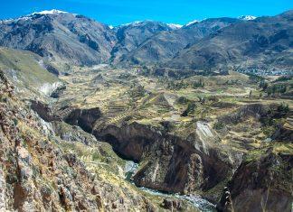 Atemberaubender Blick auf den Cañón de Colca und das Kolka-Tal inmitten der peruanischen Anden - © flog / franks-travelbox