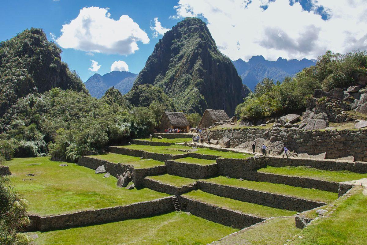 Blick auf einige der unzähligen Terassen in der Inkafestung Machu Picchu, Peru - © flog / franks-travelbox