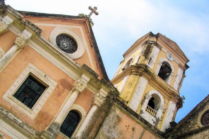 Die San-Augustin-Kirche in Manila ist die älteste Kirche der philippinischen Hauptstadt - © Alan Kraft / Shutterstock