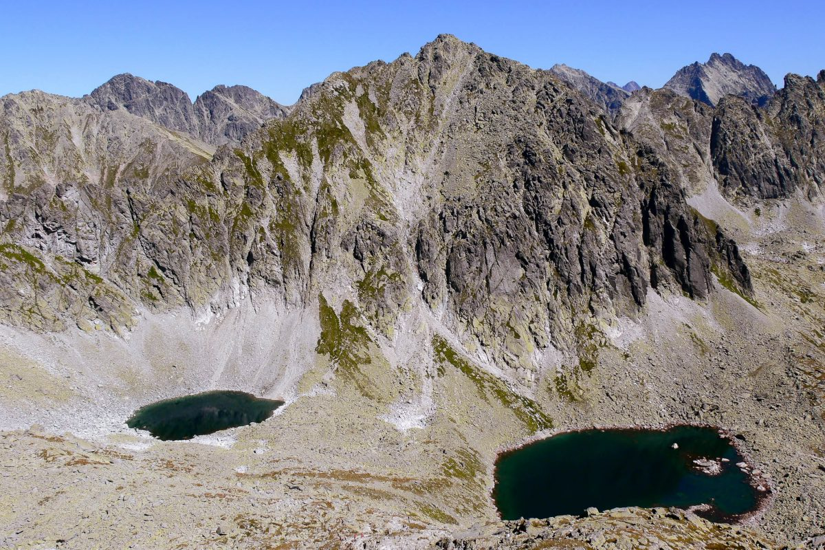"""Die Bergseen im Tatra-Nationalpark sind ein Kapitel für sich; es gibt etwa 30 so genannten """"Teiche"""", die die Landschaft des Nationalparks wie Tintenflecken überziehen, Polen - © Papinotschka / Fotolia"""
