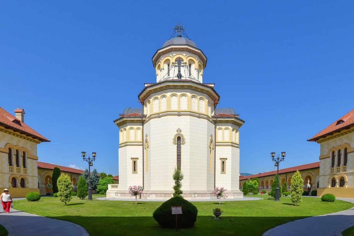 Das orthodoxe Kathedrale in Alba Iulia fungierte als Krönungskirche für Ferdinand I. und Maria als Königspaar des neuen Rumänien - © FRASHO / franks-travelbox