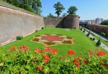 Die Zitadelle von Alba Iulia, Rumänien, besteht aus sieben Basteien mit einer 12km langen Festungsmauer und zählt heute zu den eindrucksvollsten Bollwerken Europas - © FRASHO / franks-travelbox