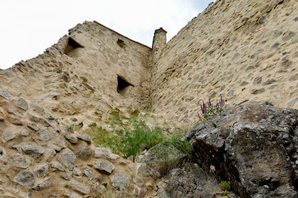 Aufgrund ihrer strategischen Lage musste die Stadt Rupea gut befestigt werden und es entstand die eindrucksvolle Repser Burg, Rumänien - © FRASHO / franks-travelbox