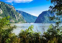 Der Naturpark Eisernes Tor an der serbischen Grenze in Rumänien beherbergt zwischen spektakulären Klippen des Donaukessels jahrtausendealte Vermächtnisse - © FRASHO / franks-travelbox