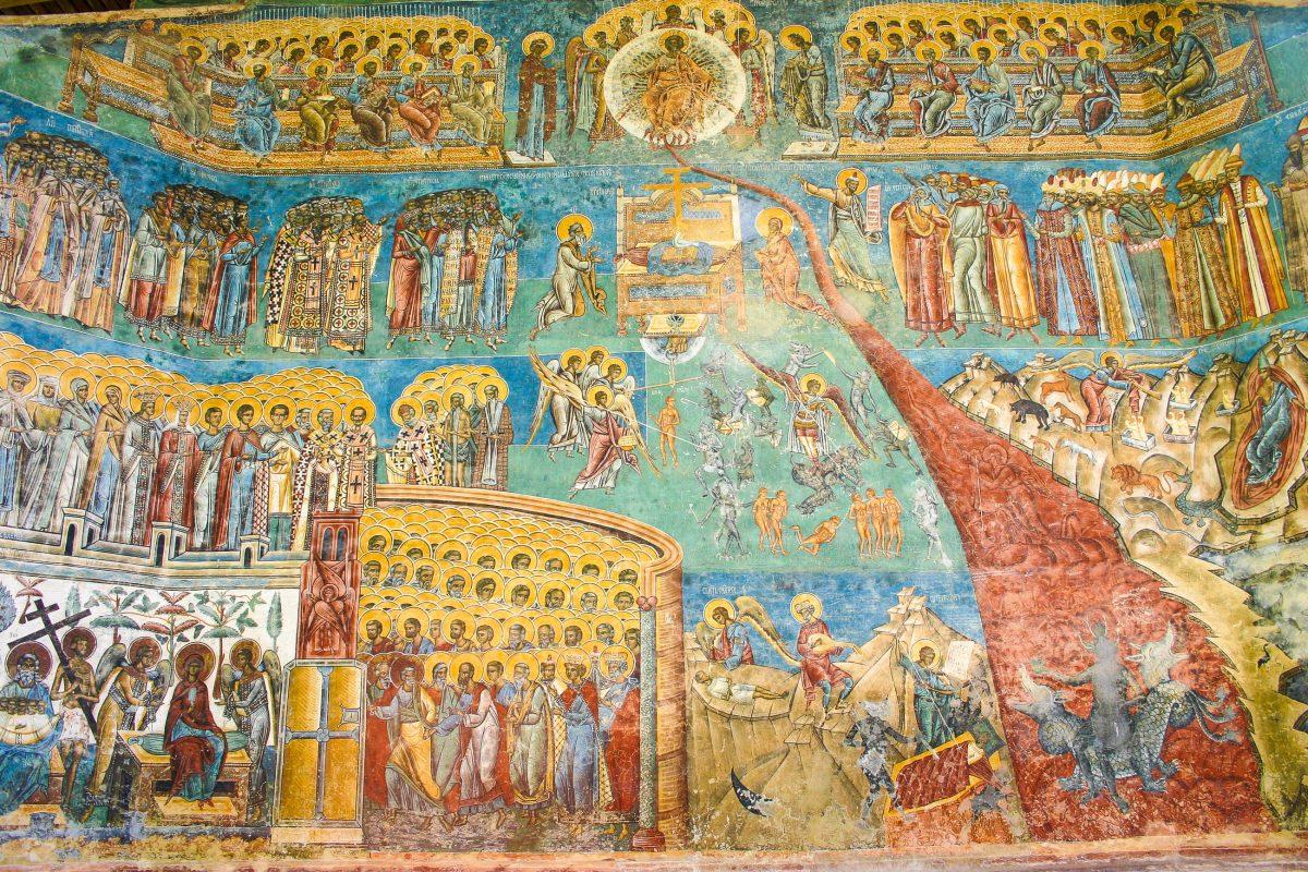 Farbenprächtige Bemalung am Kloster Voronet, ein Meisterwerk der byzantinischen Kunst, Rumänien - © Andrea Seemann / Fotolia