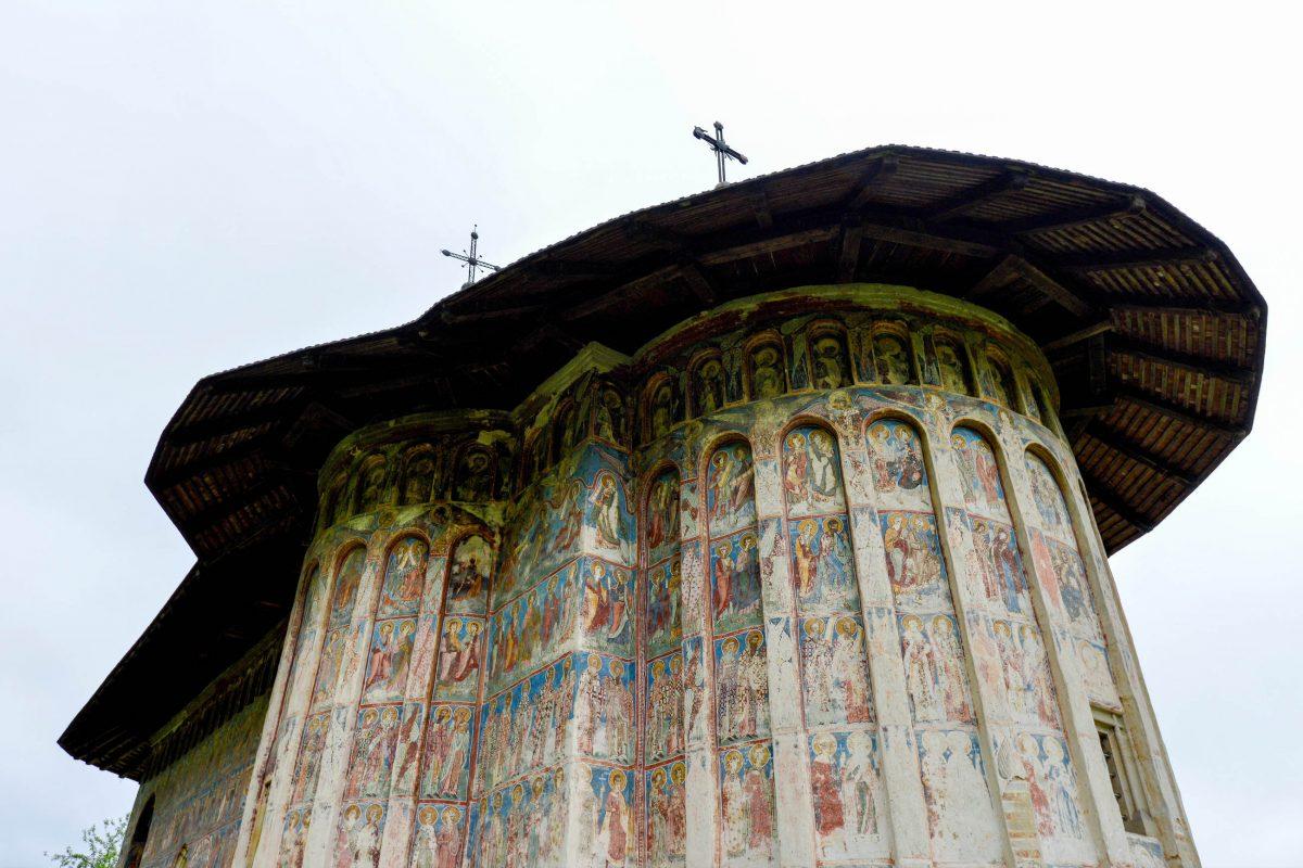 Fünf Jahre nach Fertigstellung des Klosters in Humor, Rumänien, also 1535, kamen die fantastischen Wandmalereien hinzu - © FRASHO / franks-travelbox
