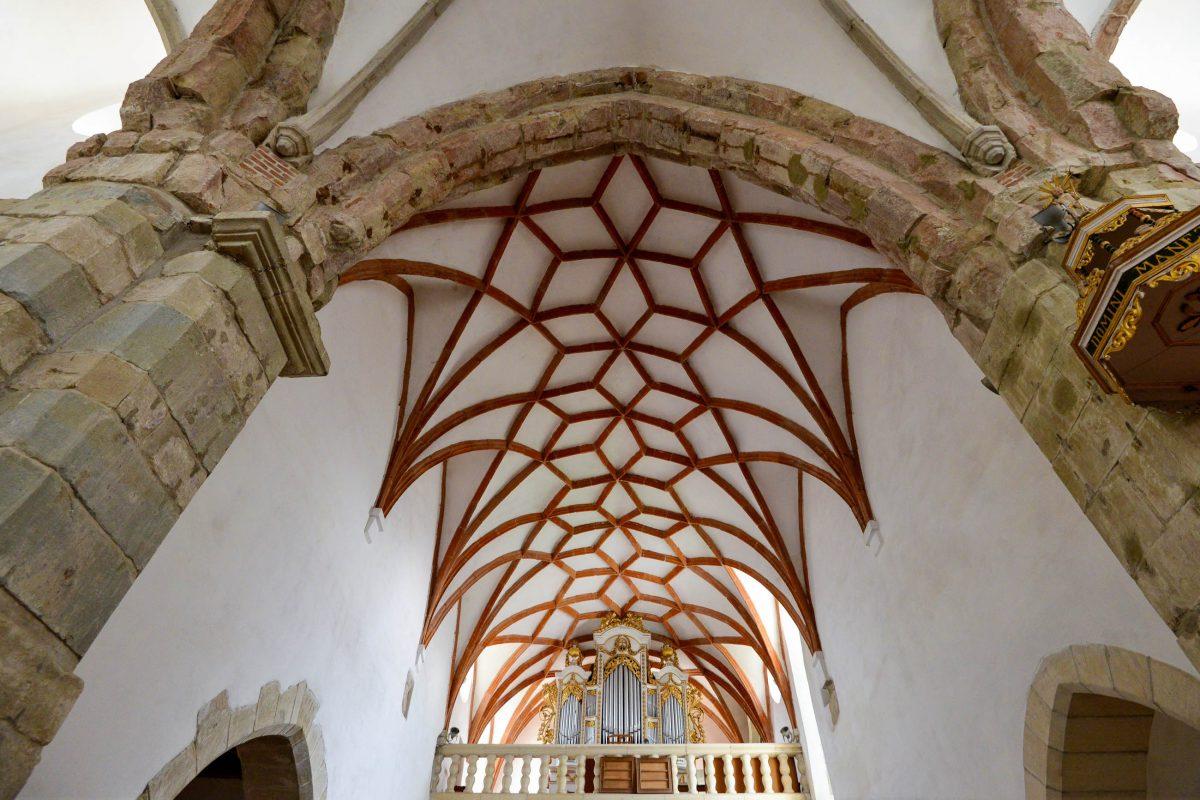Das Gehäuse der Orgel in der Kirchenburg von Prejmer stammt aus dem Jahr 1788, das Instrument darin aus 1929, Rumänien - © FRASHO / franks-travelbox