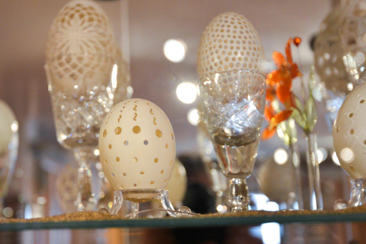 Die Eier im Ei-Musuem von Rumänien stammen nicht nur aus verschiedensten Ländern und Kontinenten, sondern auch von verschiedensten Tieren - © FRASHO / franks-travelbox