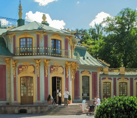 """Das chinesische Schlösschen (""""Kina slott"""") im Schloss Drottningholm, Schweden - © SophySweden / Fotolia"""