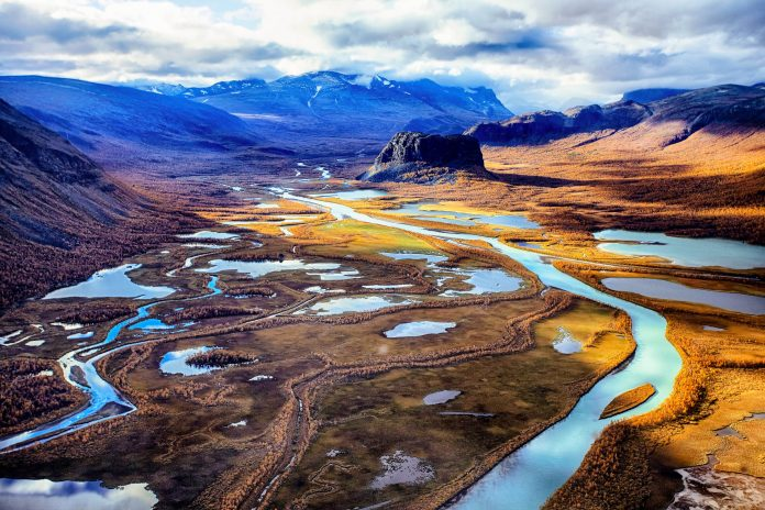 Das Rapa-Tal ist das bekannteste im Sarek-Nationalpark im schwedischen Lappland - © Jens Ottoson / Shutterstock