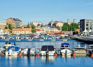 Der Marinehafen von Karlskrona, Schweden zählt seit 1998 zum Weltkulturerbe der UNESCO - © Alexander Erdbeer/Shutterstock