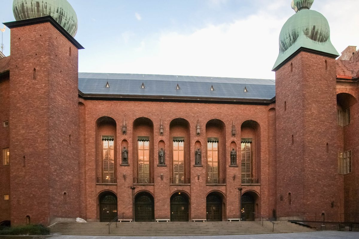Das Stadshuset in Stockholm ist der Sitz der schwedischen Regierung und des Stadtparlaments; hier werden auch jährlich die Nobelpreise verliehen, Schweden - © James Camel / franks-travelbox