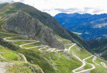 Der Gotthardpass im Süden der Schweiz ist eine eindrucksvolle Passstraße, die 1830 eröffnet wurde und war lange Zeit die wichtigste Nord-Süd-Querung in den Alpen - © Stefan Pfister / Fotolia