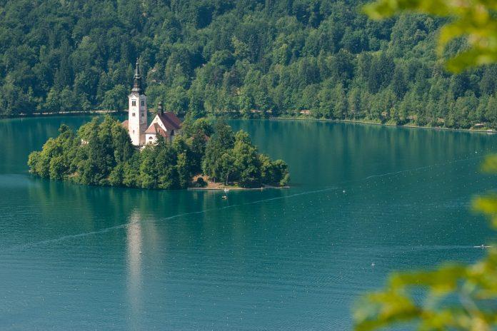 Bleder See, Slowenien - © James Camel / franks-travelbox