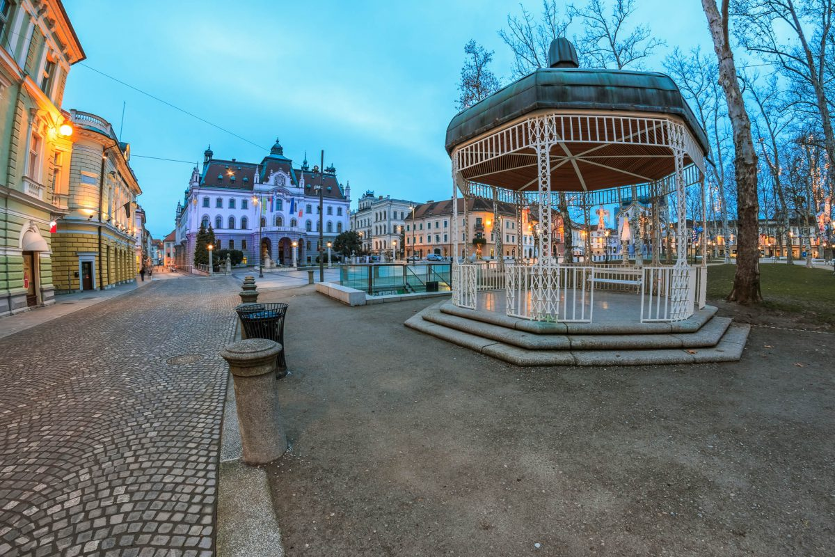 1918 wurde am Kongress-Platz von Ljubljana die Unabhängigkeit Sloweniens von Österreich-Ungarn ausgerufen - © Xseon / Shutterstock