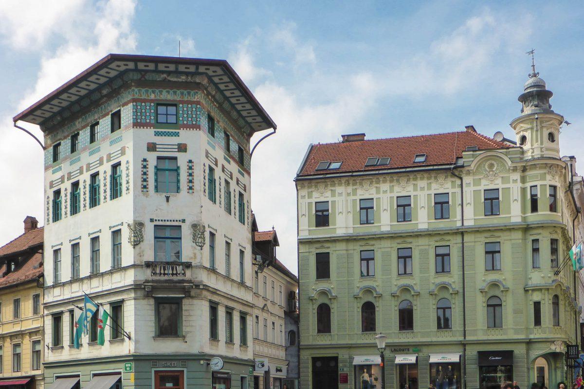 An der Ecke zur Wolfova ulica liegt mit dem Hauptmann-Haus ein weiteres Palais am Prešeren-Platz von Ljubljana, Slowenien - © James Camel / franks-travelbox