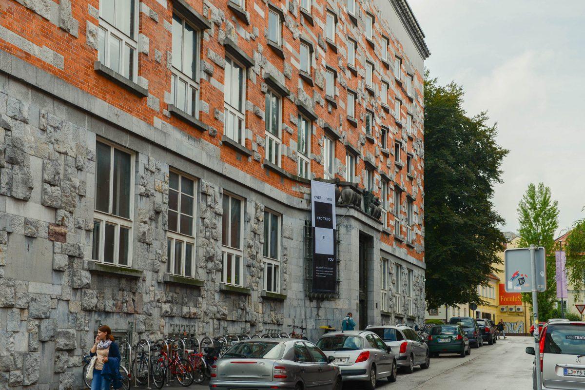 Die Universitätsbibliothek von Ljubljana zählt zu den markantesten Bauten von Jože Plečnik, dem berühmtesten Architekten von Slowenien - © James Camel / franks-travelbox