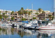 Ganz im Süden von Mallorca befindet sich das schmucke Örtchen Colònia de Sant Jordi, die größte Siedlung der Südküste, Spanien - © James Camel / franks-travelbox
