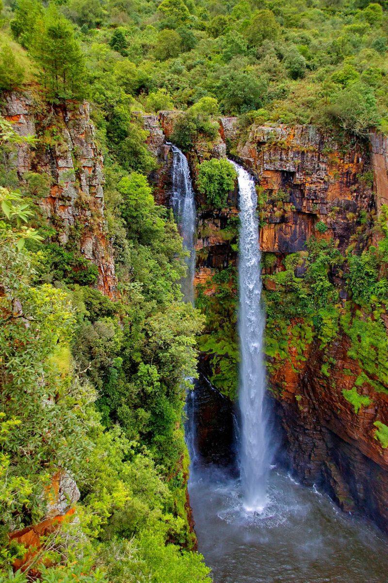 Die Mac Mac Wasserfälle, benannt nach den schottischen Minenarbeitern, die in den 1870er-Jahren dem südafrikanischen Goldrausch verfallen sind, Sabie-Waterfall-Route, Südafrika - © intsys / Fotolia