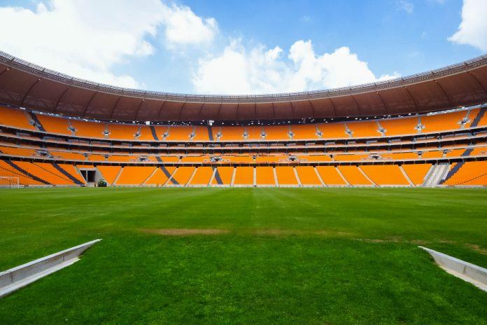 Das Ellis-Park-Stadion in Johannesburg wurde von 2008 bis 2012 auf Coca-Cola Park umbenannt und fasst 70.000 Zuseher, Südafrika - © jbor / Shutterstock