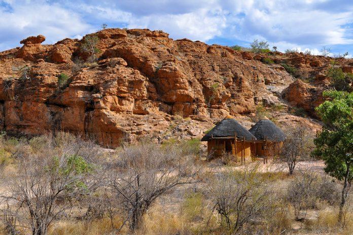 Landschaft im Nationalpark Mapungubwe in Südafrika - © Karel Gallas / Shutterstock
