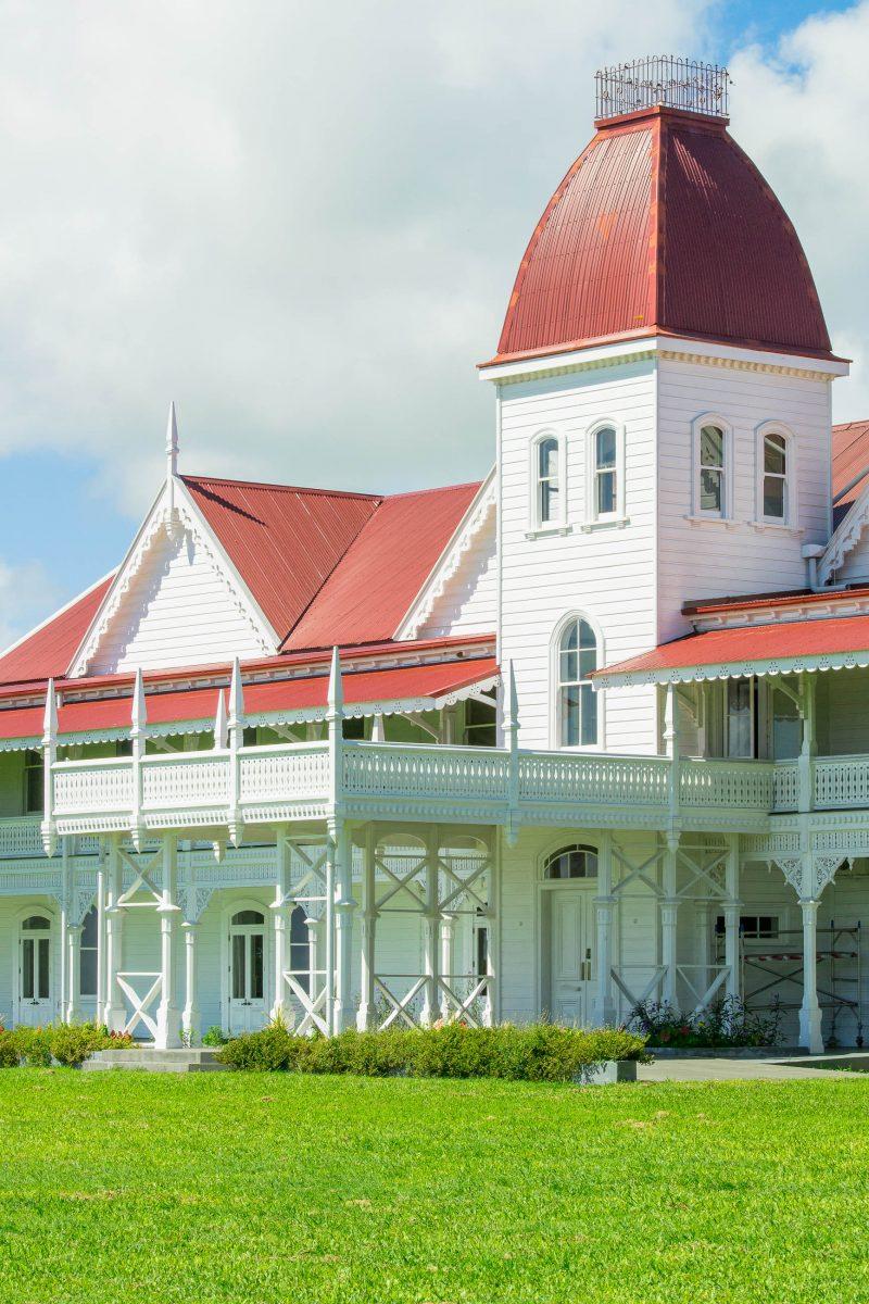 Der königliche Palast in Nuku'alofa beherbergt die privaten Gemächer des Königs von Tonga - © Tony Moran / Shutterstock