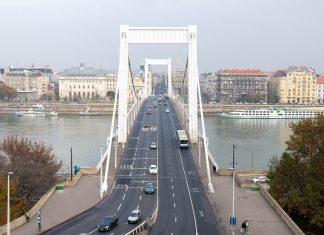 Die Elisabeth-Brücke in Budapest erinnert heute noch an Sisi, beim Volk äußerst beliebte und hochverehrte Königin von Ungarn - © James Camel / franks-travelbox