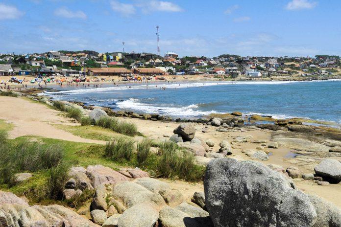 Punta del Diablo, ein beliebtes Strandurlaubsziel an der Atlantikküste im Südosten Uruguays - © fotoember / Fotolia